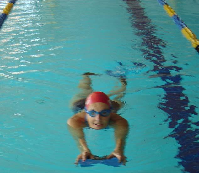 Marion Olesch schwimmen